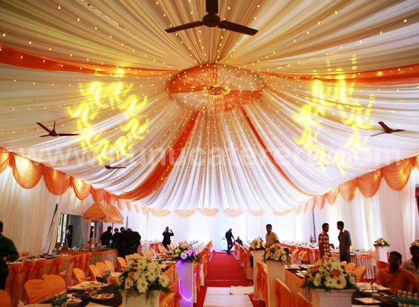 Nunu caterers wedding decorations kayamkulam mavelikkara for Hall decoration images